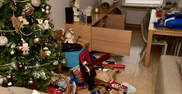 Burglars grab even christmas gifts from