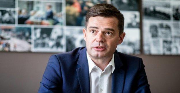 Interview: Kramp-Karrenbauer should be in the Cabinet