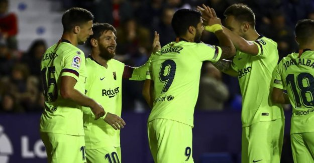 Messi does it again - hat-trick in big win