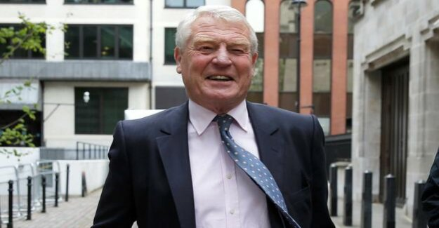 Paddy Ashdown : Former party leader of the British liberal party at the age of 77 years, passed away