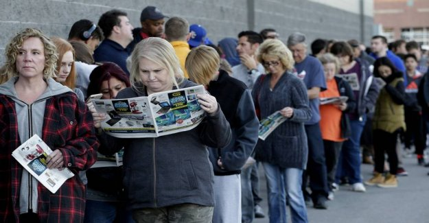 Pure bluffing: Shops raise prices before Black Friday