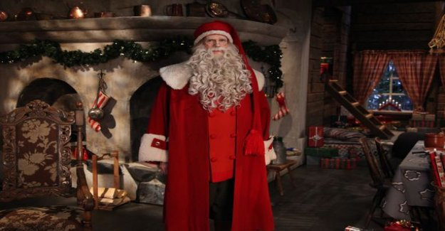 Santa claus is back in line in the hot - eve morning, I love the classic changes are made to consider the