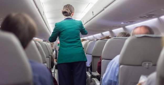 Airline gets the criticism: the Urge to give the flight attendants a tip
