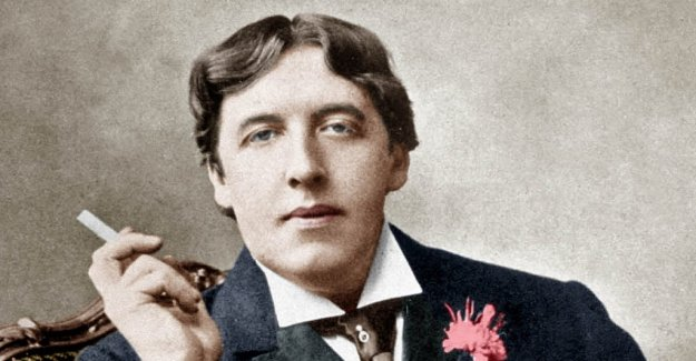 Book review: Oscar Wilde's life and genius continues to fascinate
