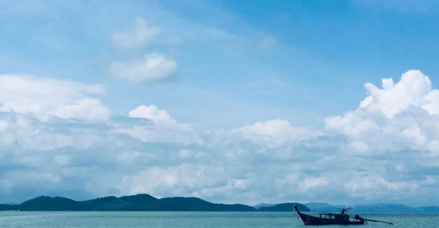 Coconut, crab and limestone rocks: discover authentic Thailand