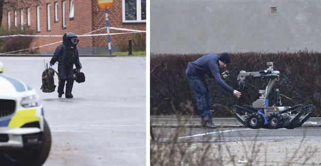Details: Suspect sharp bomb with fjärrutlösning found