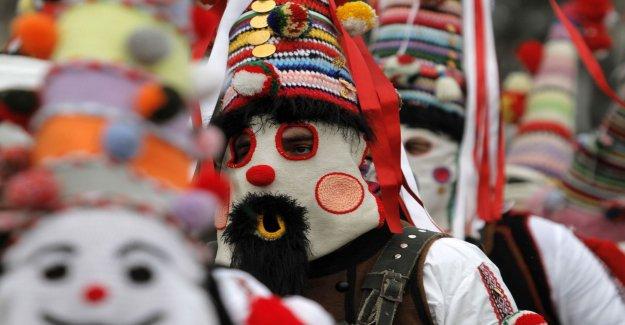 Festmaskerade bulgarians scare away the evil spirits