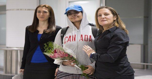 Saudi teenage girl gets asylum in Canada