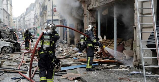 The centre of Paris : Three Dead and several injured after Explosion in a bakery