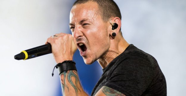 This is probably the last song that Chester Bennington of Linkin