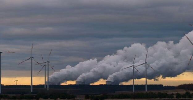 Greenpeace study : the Expansion of renewable energy reduces the electricity price in the wholesale