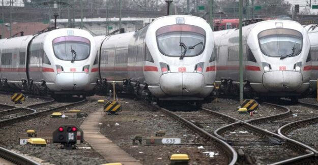 Increase in long-distance transport : Deutsche Bahn buys trains for 550 million euros
