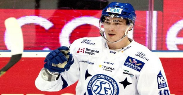 On boxing day injured Swedish ice hockey is still in the hospital - rehabilitation platform: As explained earlier, the injury is very serious