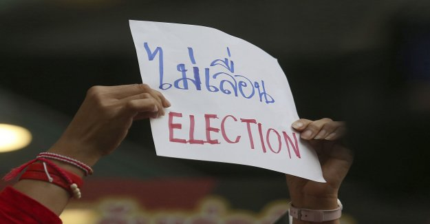 Thai tv-channel turns off before the election