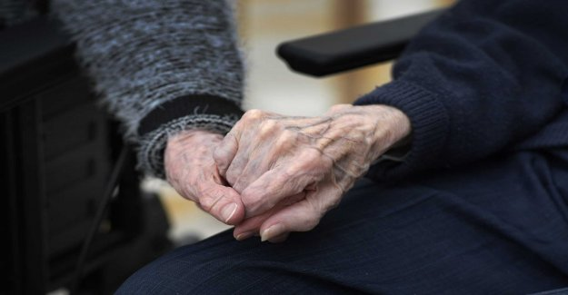 98-year-old cheated by the fake grandchild