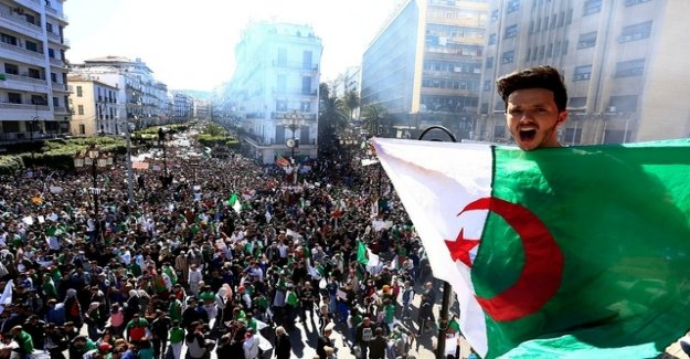 Again, mass protests in Algeria against President Bouteflika