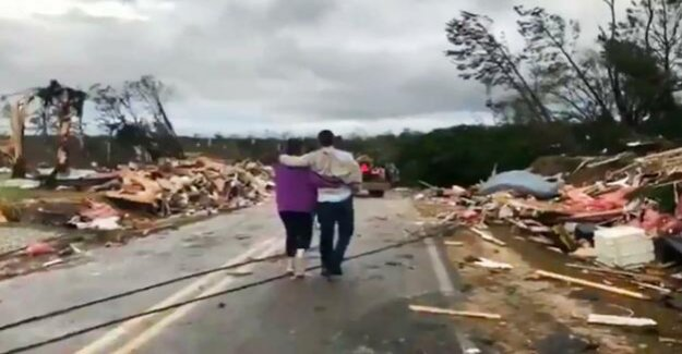 Alabama and Georgia : More than 20 people killed by tornadoes in the United States
