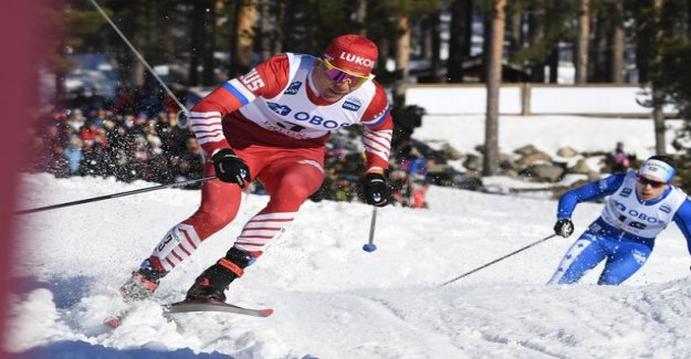 Aleksandr Bolshunov chastised the overwhelming Norwegian - Iivo Niskanen retreat suddenly the whole race