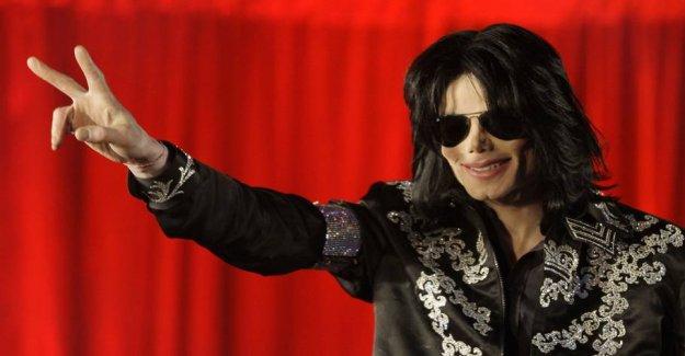 Big media is boycotting Michael Jackson