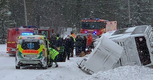 Bus overturned in Sweden – about 80 people on the table