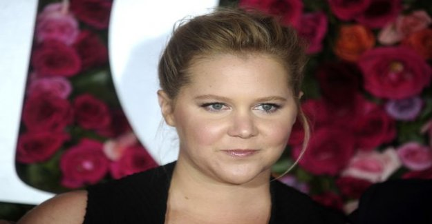Comedian Amy Schumer runs the naked personality, in pregnancy in the picture - this picture of him is not used to see