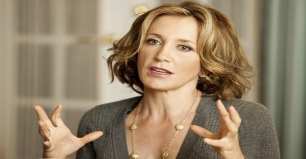 Felicity Huffman got cold feet followers bribery controversy became public - remove sometilit in
