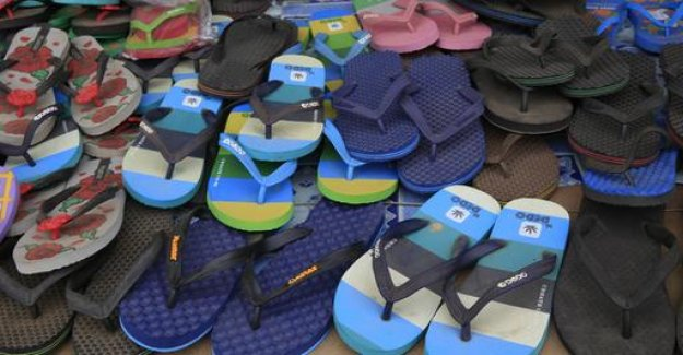 Flip-flop ban in the Italian holiday region of Cinque Terre