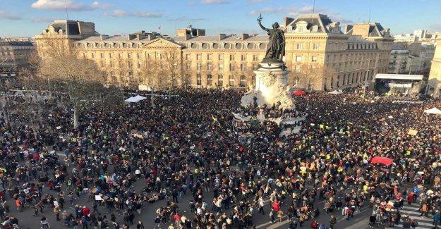 Klimatdemonstration in the centre of Paris