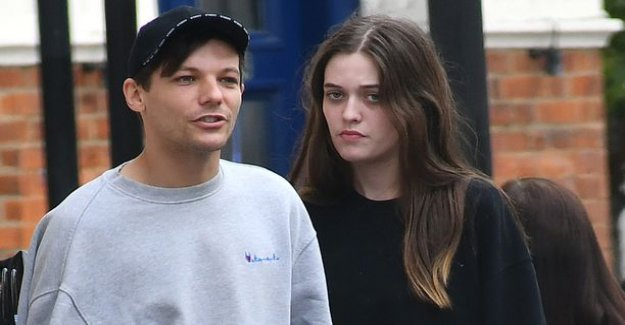 One Direction -star 18-year-old sister died unexpectedly in his home: nothing could be done