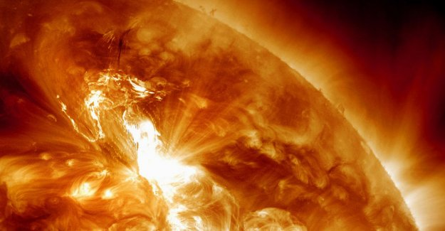 Scientists find traces of most powerful solar storm ever: New outburst of modern technology to completely disrupt