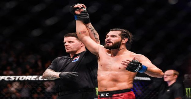 The UFC's top match ended in a wild ko's – the home crowd favorite experience left a disappointment