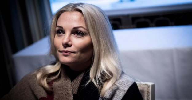 Caroline Fleming, in an embarrassing gaffe: It you can simply not think
