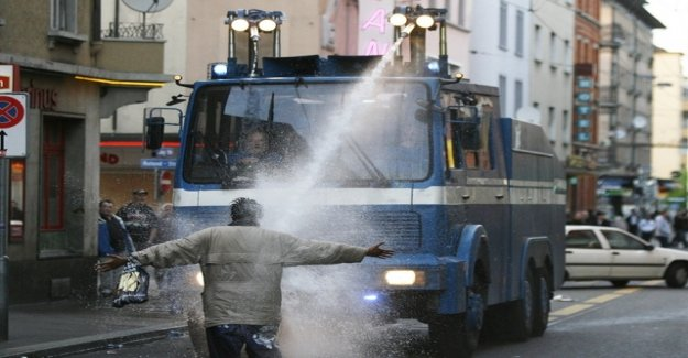 City police buys for a Million a new water cannons