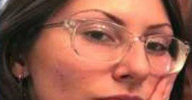 FBI warns armed woman enthralled by Columbine massacre