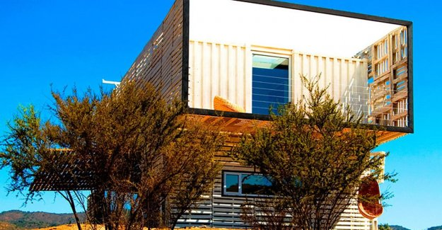 Insanely live: three sea containers form the foundation of this house