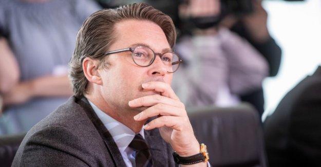 Scheuer wants to make train travel cheaper