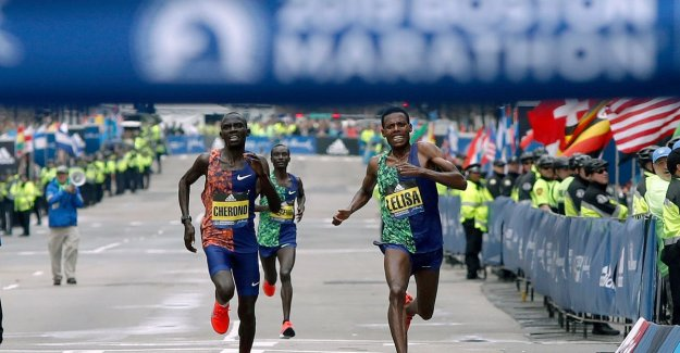 VIDEO. Kenyan Cherono wins in Boston, the oldest marathon in the world, after heart-stopping end