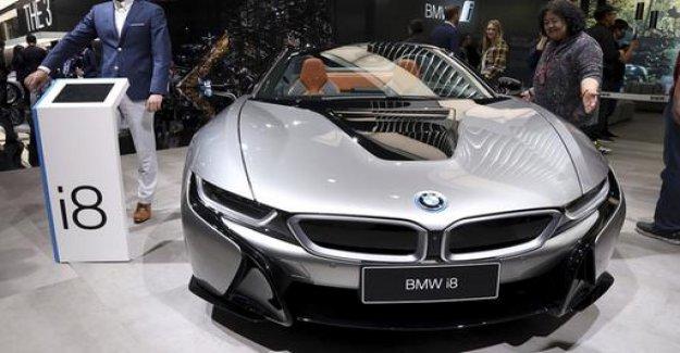 BMW plans E-car attack on Tesla for 2021