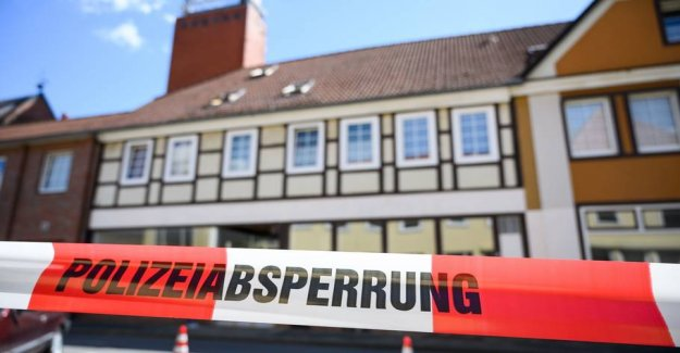 Bizarre case: Crossbow-affair in Germany was both killing and suicide