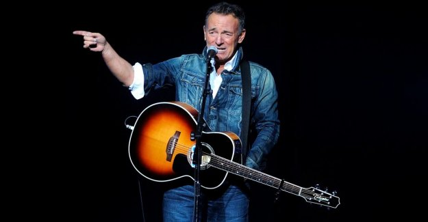 Bruce Springsteen writes new for the E Street Band