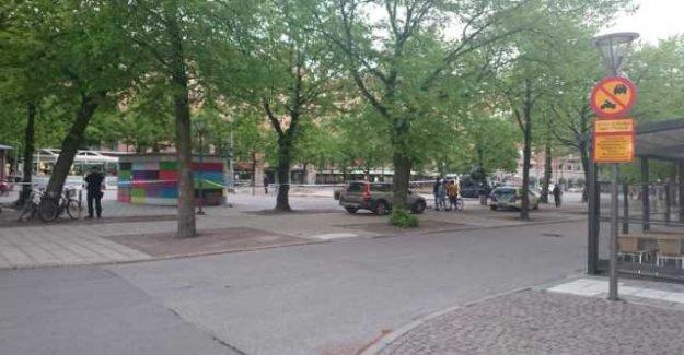 Data: Man stabbed in central Örebro