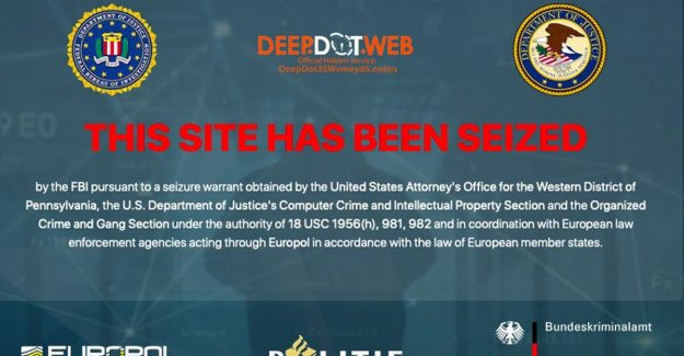 FBI retrieves news website Deep Dot Web offline