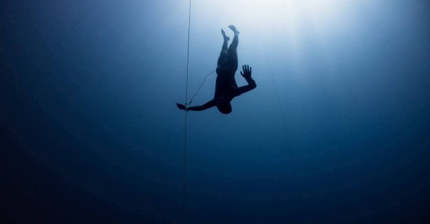Freediver Gert (43) dives to extreme depths: The most important thing: very zen