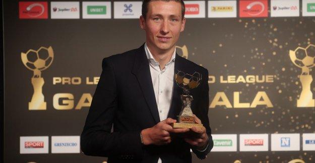 Hans Vanaken follows himself as a professional footballer of the Year