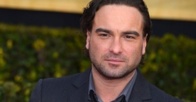 Johnny Galecki - nerd from The Big Bang Theory - becomes a father