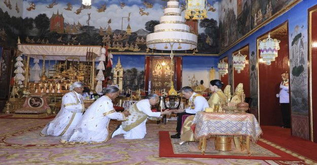 King Rama X takes the throne