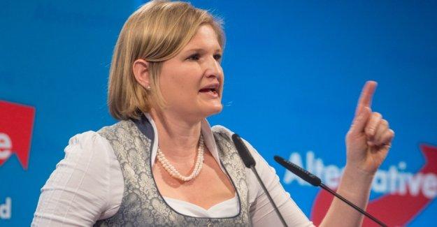Munich granted Höcke, and Ebner-Steiner house ban