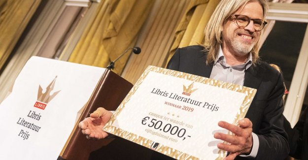 Rob van Essen wins Libris Literature Prize