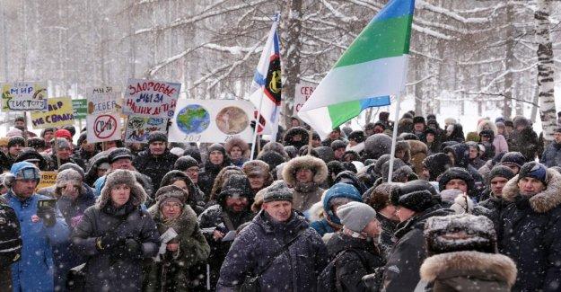 Russian sopaktivister took delseger outside Arkhangelsk