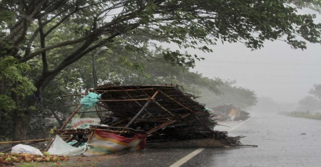 Several dead in cyclone Fanis track
